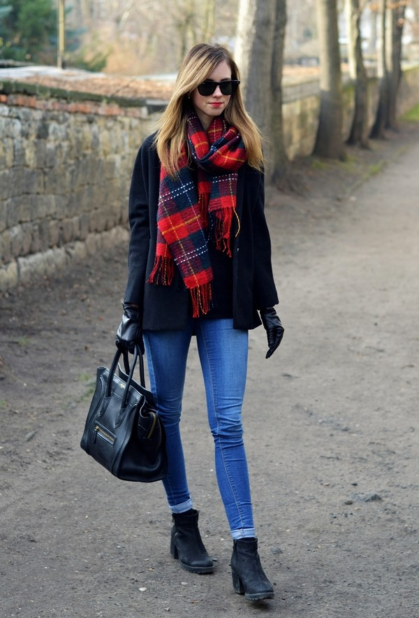 vogue haus sweater jeans coat scarf shoes bag jewels sunglasses
