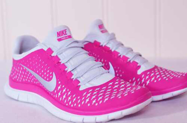 pink white nike shoes