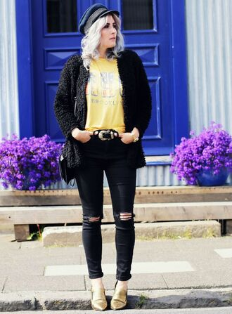 like a riot blogger black ripped jeans yellow gold shoes fisherman cap fuzzy coat