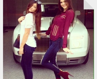 shoes kendall jenner kylie jenner cutout burgundy chiffon blouse high waisted jeans skinny jeans denim dark jeans high heel booties burgundy heels high heels glitter heels ankle boots blouse jeans sunglasses