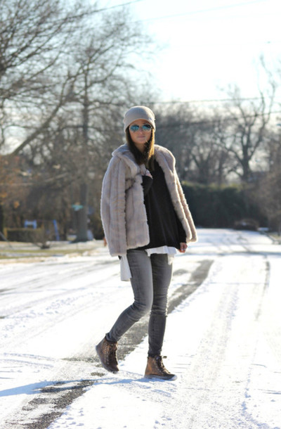 to be bright blogger faux fur jacket grey jeans high top sneakers