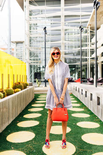 barefoot blonde blogger dress shoes bag jewels red bag handbag sandals mini dress summer outfits
