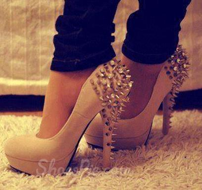 Fashionable suede round toe rivets decoration high heel shoes