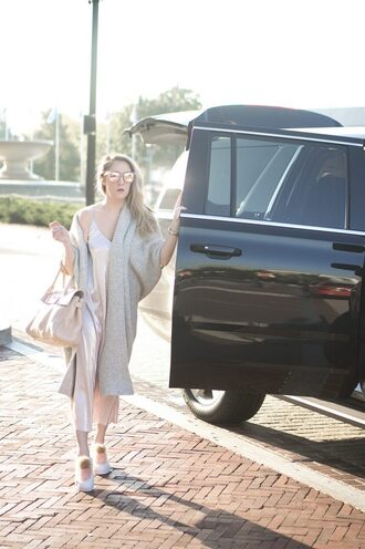 a lacey perspective - a fashion blog based in our nation's capital. blogger dress sweater shoes sunglasses jewels bag slip dress long cardigan fall outfits cardigan handbag