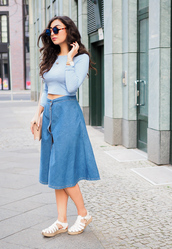samieze,blogger,skirt,top,bag,shoes,denim slit skirt,midi skirt,denim skirt,blue skirt,crop tops,long sleeves,blue top,round sunglasses,nude bag,shoulder bag,sandals,white sandals