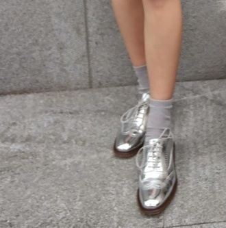 shoes brogues flat shoes metallic metallic shoes pretty silver spring summer shoes