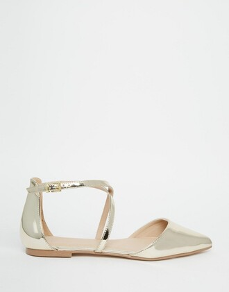 shoes metallic metallic shoes gold gold shoes strappy strappy flats ballet flats flats