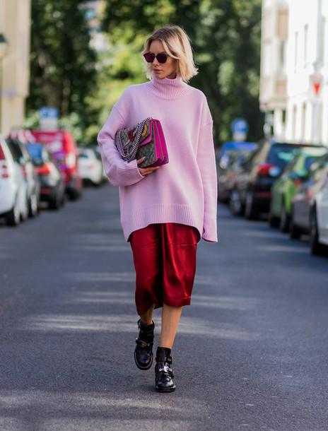 lisa rvd blogger sweater skirt shoes bag