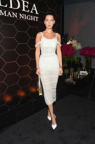 dress midi dress pumps bella hadid model white white dress pencil dress bag nyfw 2017 fashion week ny fashion week 2017