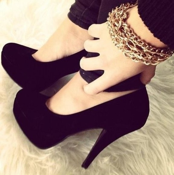 shoes jewels bracelets black heels style high heels black shoes girl girly stylish set bracelets gold black, heels, heel,