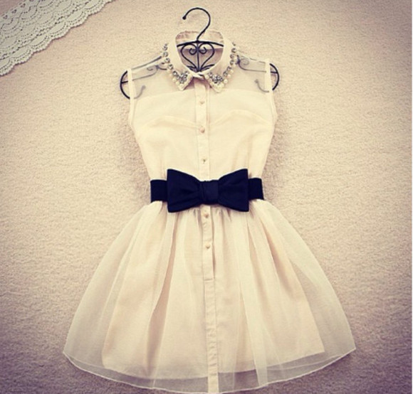 white dress lace dress white bows Bow Back Dress black black bow collar dress dress white c-thru embellishment black bow Belt