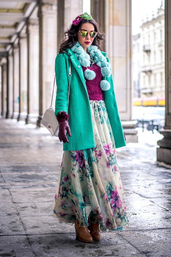 macademian girl coat t-shirt skirt scarf shoes bag jewels