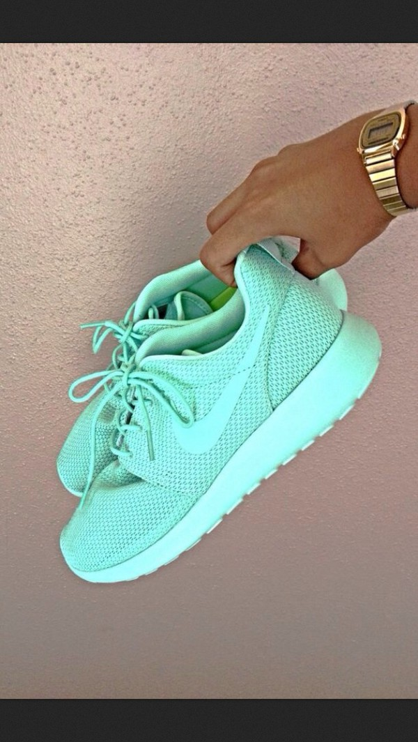 Tiffany Blue Nikes Running Shoes