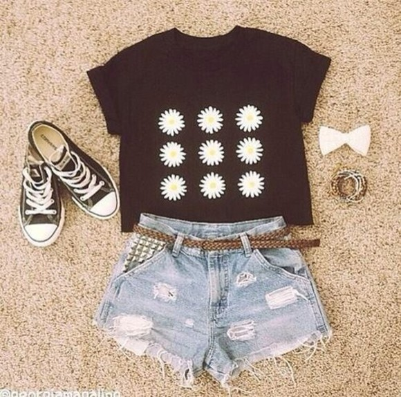 shirt hair bow t-shirt daisy flowers high waisted short converse flowered top