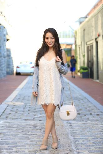 sensible stylista blogger jewels shoes cardigan dress bag