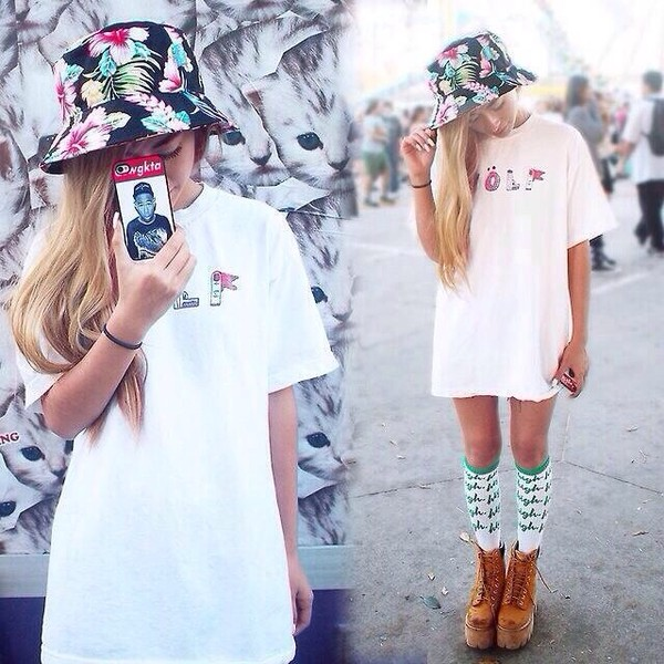 hat bucket hat floral hat floral shirt shoes