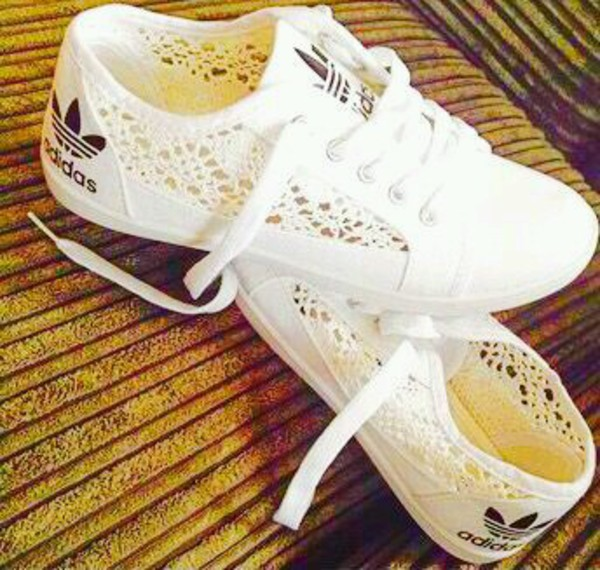 Gorgeous Adidas sneakers | Richards Bay | Gumtree South Africa | 157560016