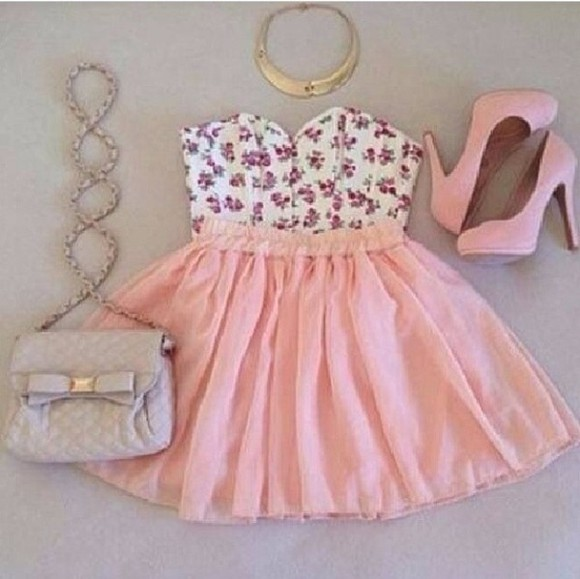 skirt pink skirt tank top floral floral crop top summer pretty floral bralette crop tops high heels pink heels baby pink heels bag shoes