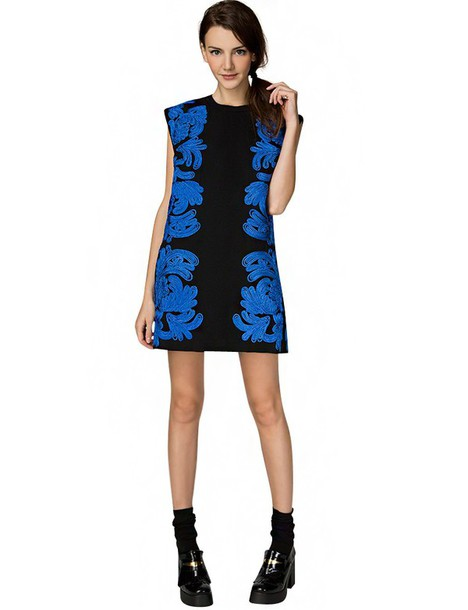 Dress Shift Dress Embroidered Shift Dress 60s Trend Cameo Dress Blue Floral Embroidery