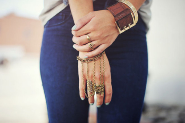 jewels ring bracelets love indie fashion chain thick ring thick tumblr gold bracelet chains