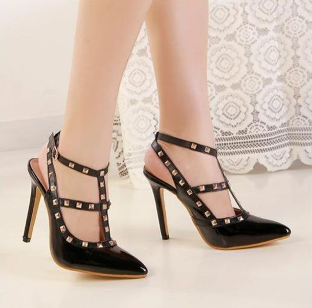 bc20225babeef shoes heels ootd ootdfash tumblr ootd ootdfashion black black heels black  and white studded shoes Valentino