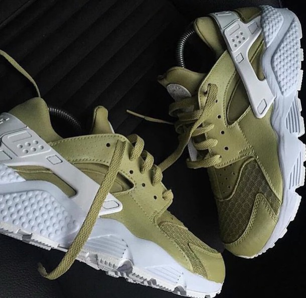 size 40 5210d f4a8e shoes huarache nike vert green