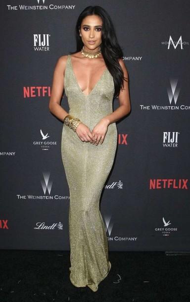 6a594904b6 dress shay mitchell golden globes 2017 choker necklace plunge v neck prom  dress plunge dress