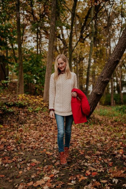 kelly in the city - a preppy chicago life style and fashion blog blogger shoes leggings sweater duck boots fall outfits red jacket