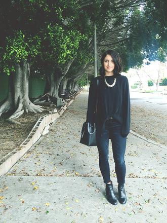 lady a la mode blogger top jeans shoes jewels bag