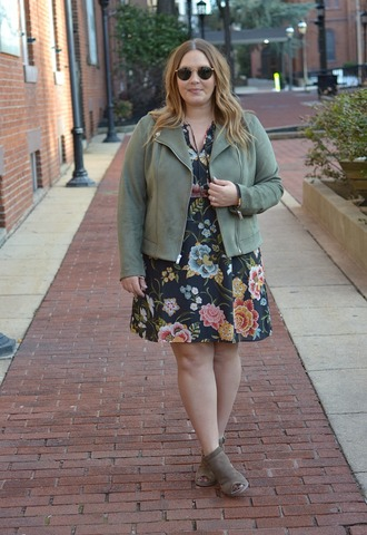 mommyinheels blogger jeans shoes top dress jacket sunglasses spring outfits curvy floral dress booties green jacket