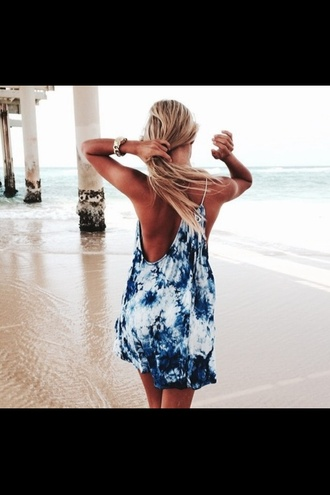 dress tie dye tye die indie summer outfits girl beach sea good vibes like me photo blonde hair blue boho festival foam party outfits