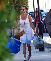 dress,pippa middleton,summer dress,summer outfits,bag,sunglasses,shoes,snikers,maternity dress,white dress