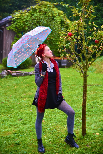 shoes hairstyles umbrella red hair