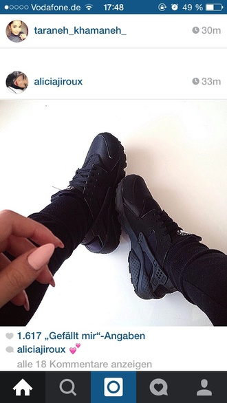 shoes black rose jeans nike huarache unisex nike shoes instagram nike sneakers black sneakers nike hurraches jewels statement necklace matte black
