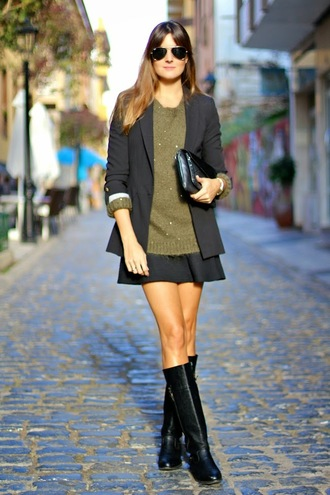 blogger khaki sunglasses black boots marilyn's closet blog pouch blazer mini skirt