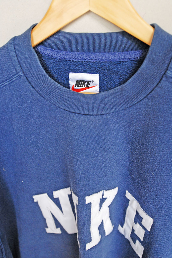 Vintage nike sweaters for Old school nike shirts