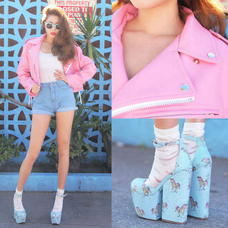 shoes pink jacket shorts pink leather jacket pink jacket high waisted shorts blue pony wedges punk jacket platform shoes
