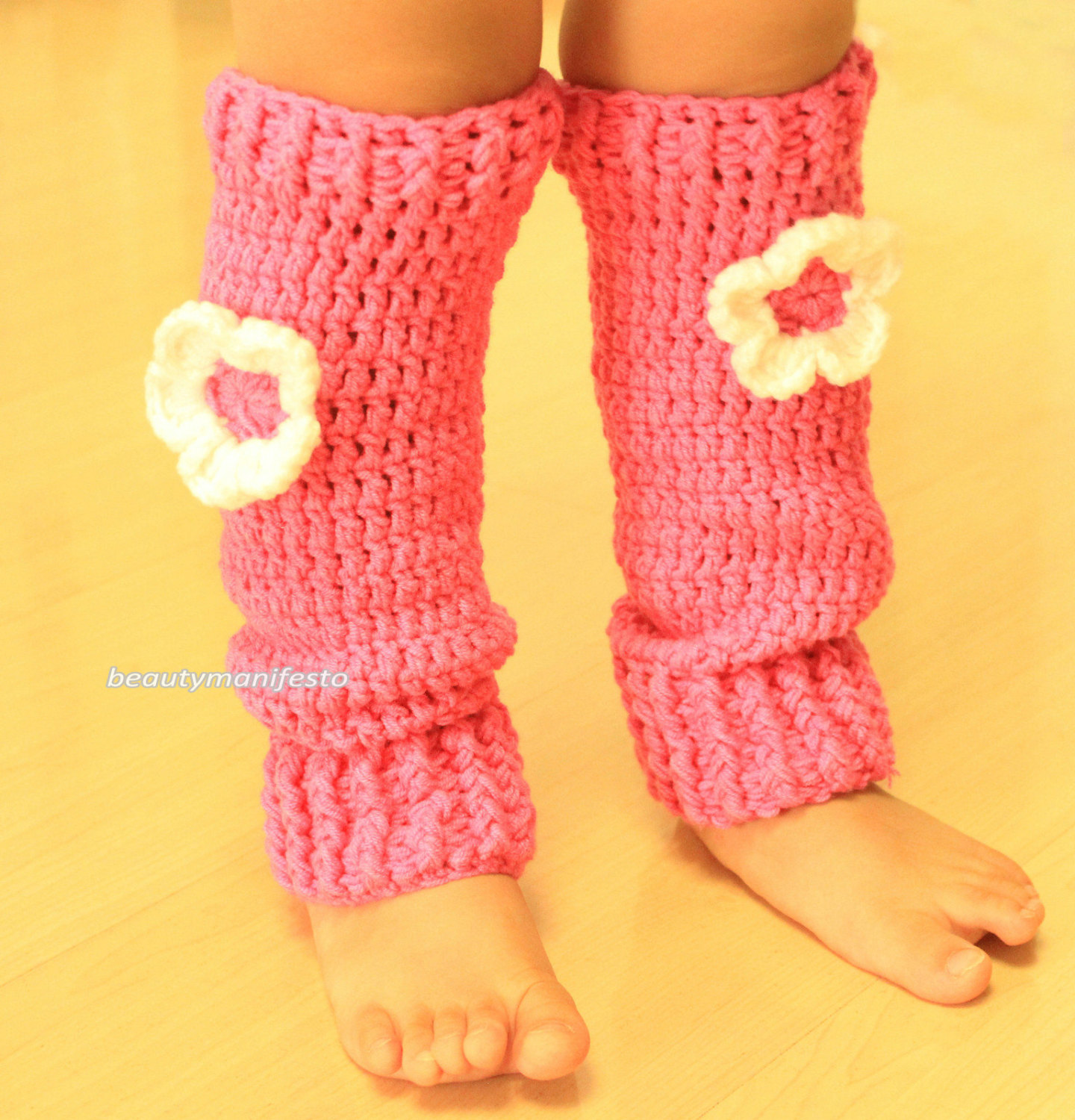 Girls button down leg warmers,knit leg warmers,boot cuffs,crochet leg warmers,white flower