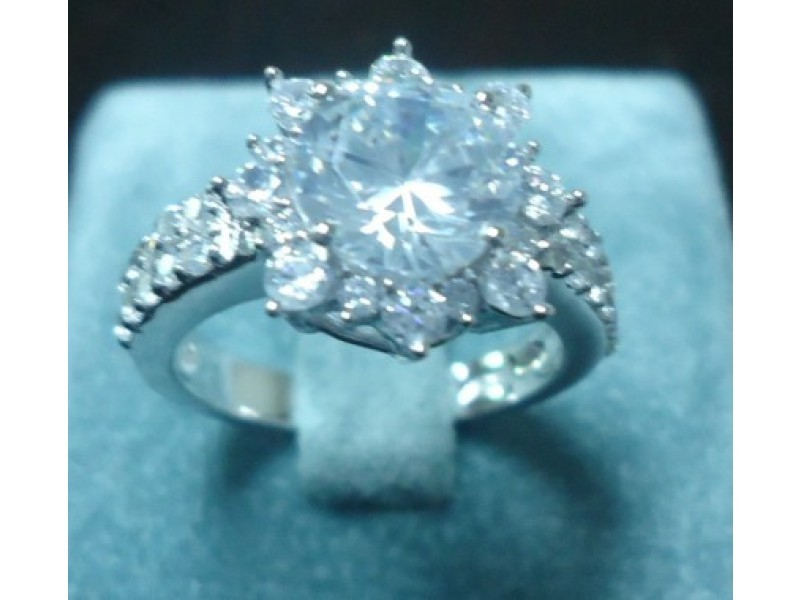 Eilley 4.0 ct round cut cz engagement ring