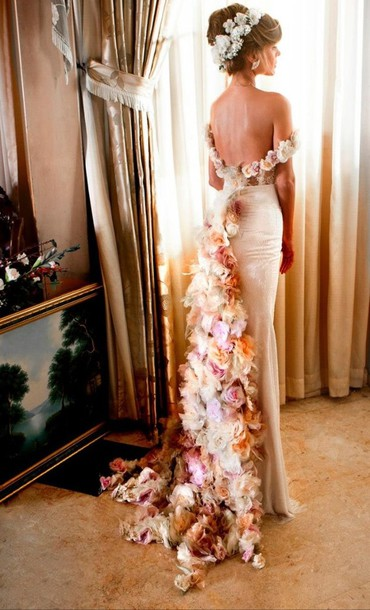 dress white flowers shows