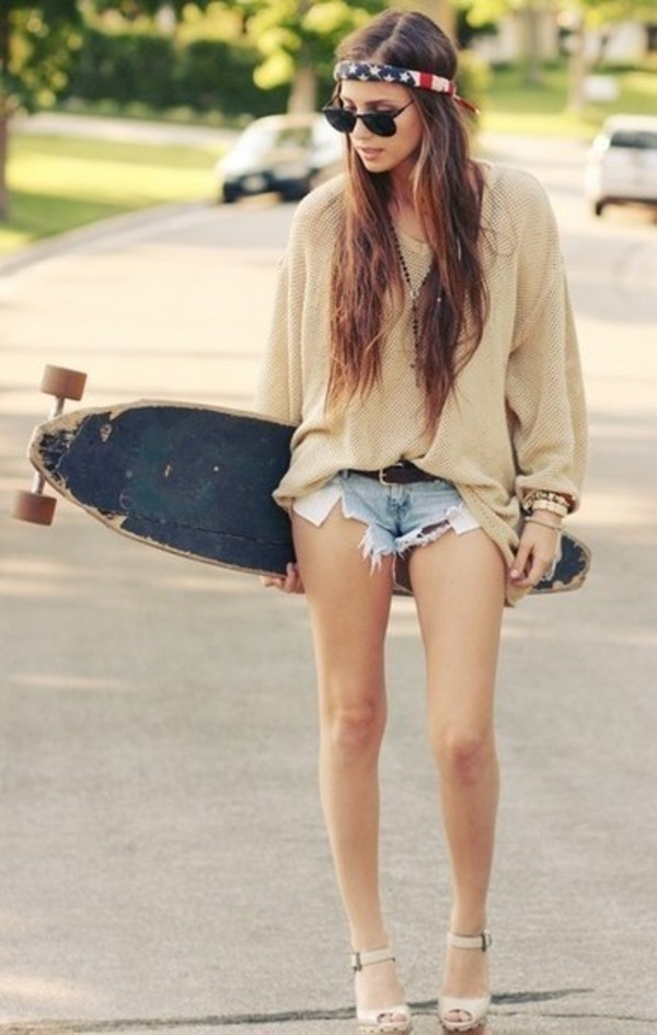 sweater hipster high heels shorts headband american flag sunglasses skateboard hat