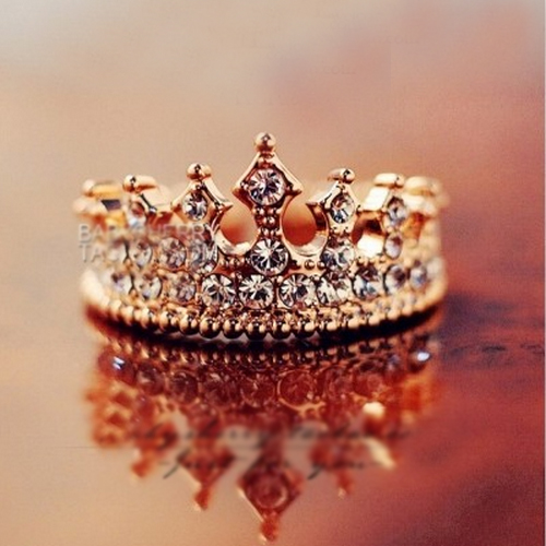 Retro rome style queen crystal alloy gold plated women's crown ring ,two colors available