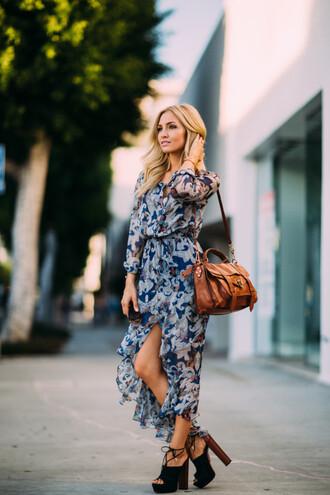 angel food blogger dress shoes pants blouse hat