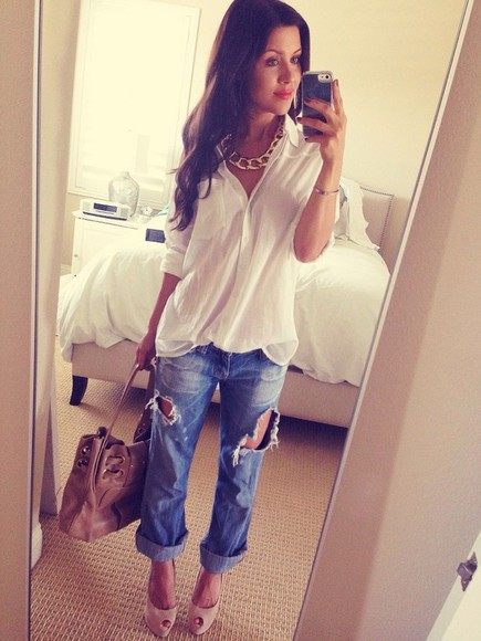 jeans shoes skinny jeans destroyed jeans big bag light brown white bag jewels blouse