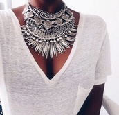 jewels,boho chic,t-shirt,party,t-shirt dress,casual,school girl,necklace,silver necklace,sliver necklace,necklace collar,tribal necklace,argent,grey,jewerly necklace,gris,colliers argent,collier,big necklace,bling,silver