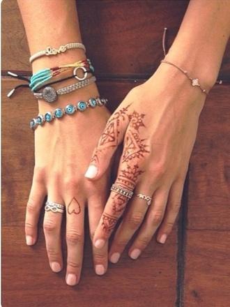 jewels gigi hadid hands ring infinity