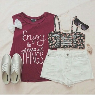 top enjoy the small thinga things quotw quote on it red burgundy bow t-shirt underwear