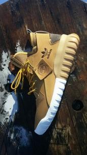 shoes,adidas,fitness shoes,adidas shoes,tubular,beige,yeezy,adidas timberlands,adidas tubulars