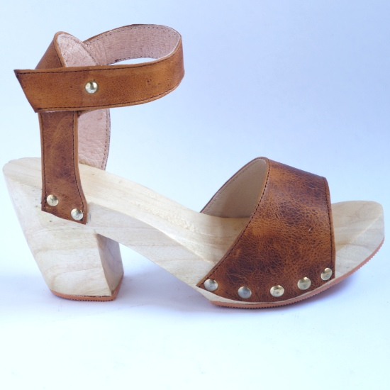 Brown Fringe Clog | Uxibal