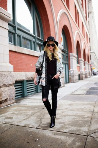 atlantic pacific blogger hat ripped jeans jacket